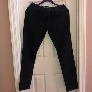 WannaBettaButt? Black jeans